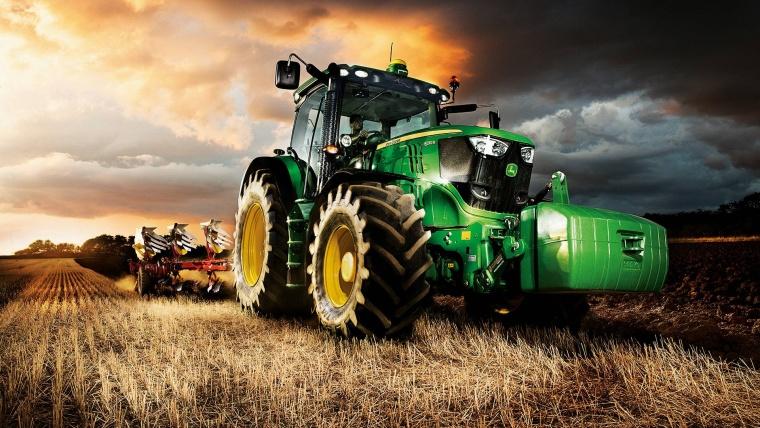 Top utilaje și atașamente necesare într-o fermă